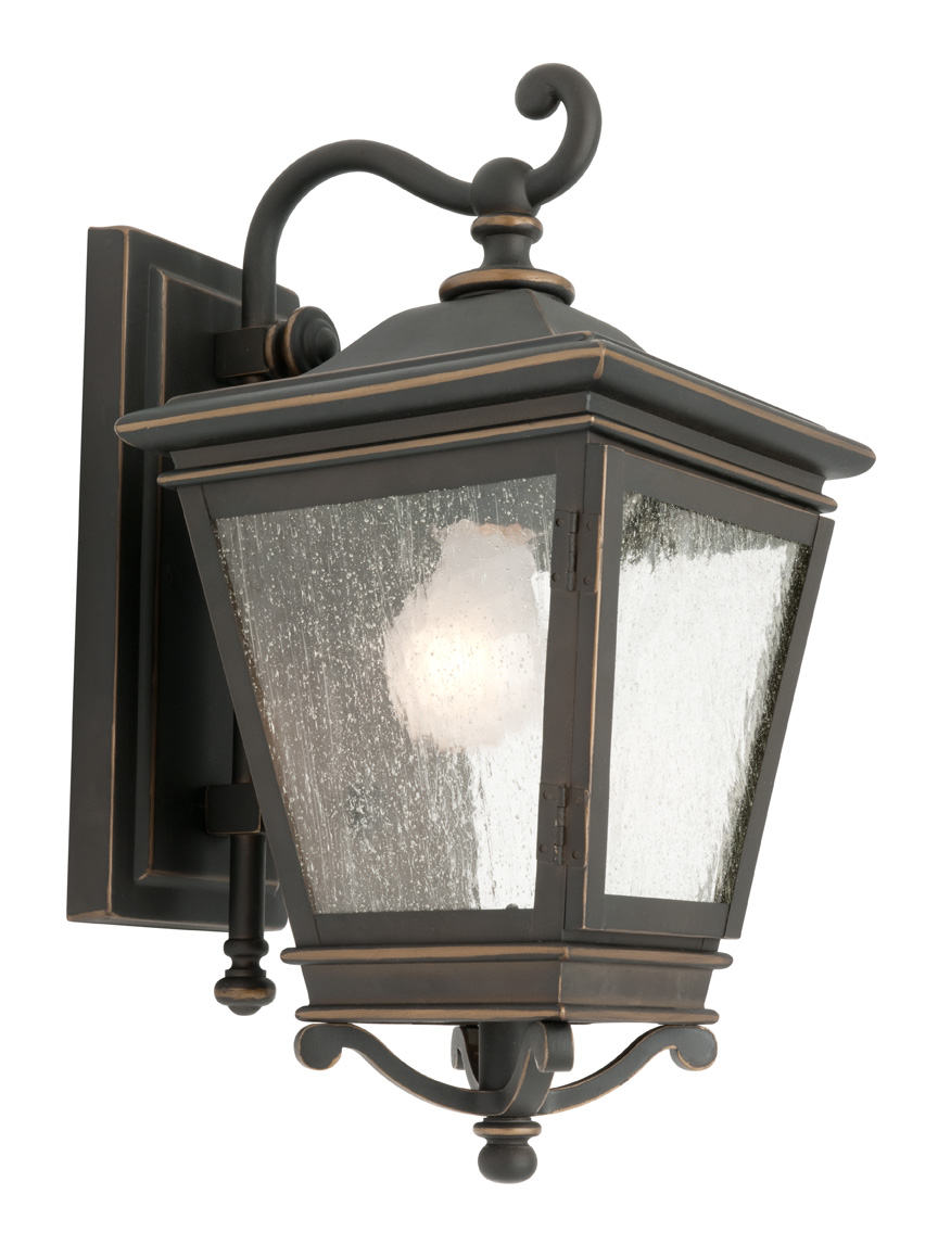 Traditional Exterior Coach Light