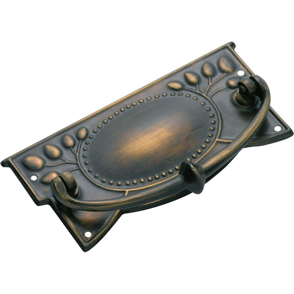 Traditional Cabinet Handle